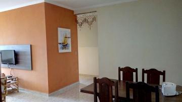 Alugar Apartamento / Padrão em Ubatuba. apenas R$ 385.000,00
