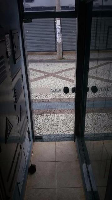 Caraguatatuba Centro comercial Locacao R$ 1.150,00  Area do terreno 37.00m2 Area construida 37.00m2
