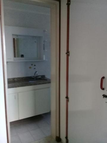 Alugar Apartamento / Padrão em Caraguatatuba. apenas R$ 360.000,00