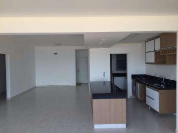 Alugar Apartamento / Padrão em Caraguatatuba. apenas R$ 1.500.000,00