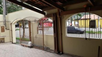 Alugar Casa / Padrão em Caraguatatuba. apenas R$ 1.600,00
