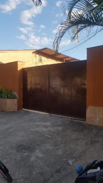 Alugar Comercial / Galpão Comercial em Caraguatatuba. apenas R$ 1.180.000,00
