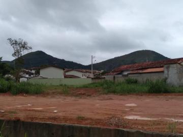 Alugar Terreno / Padrão em Caraguatatuba. apenas R$ 190.000,00