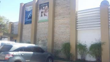 Alugar Comercial / Prédio em São José dos Campos. apenas R$ 15.000,00