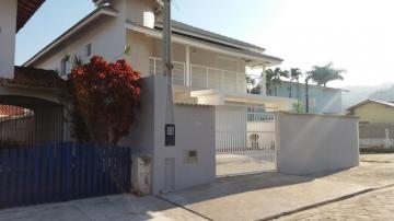 Alugar Casa / Sobrado em Caraguatatuba. apenas R$ 5.500,00