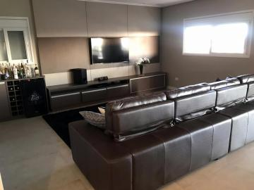 Jacarei Rio Comprido Casa Venda R$2.600.000,00 Condominio R$470,00 4 Dormitorios 6 Vagas Area do terreno 1000.00m2 Area construida 700.00m2