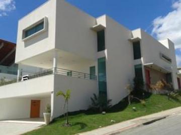 Alugar Casa / Sobrado em Condomínio em São José dos Campos. apenas R$ 20.000,00