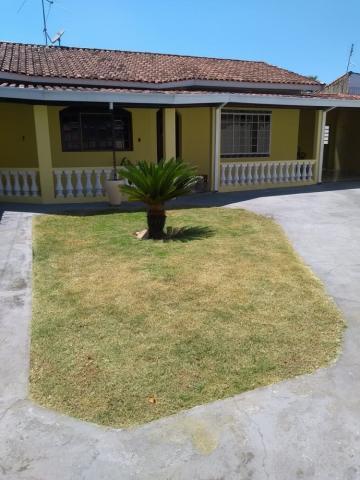 Alugar Casa / Padrão em Tremembé. apenas R$ 390.000,00