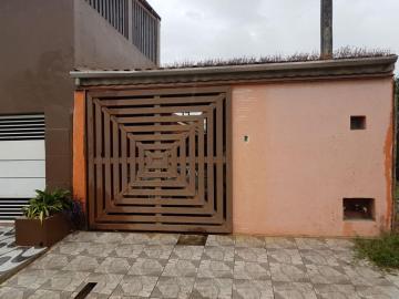 Alugar Casa / Padrão em Caraguatatuba. apenas R$ 250.000,00