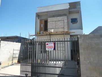 Alugar Casa / Padrão em Pindamonhangaba. apenas R$ 260.000,00