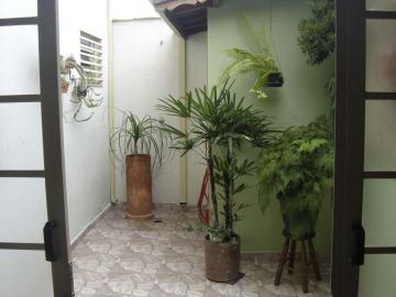 Alugar Casa / Padrão em Pindamonhangaba. apenas R$ 380.000,00
