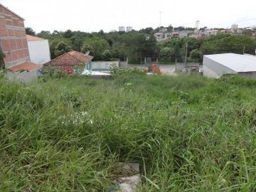 Alugar Terreno / Padrão em Pindamonhangaba. apenas R$ 130.000,00