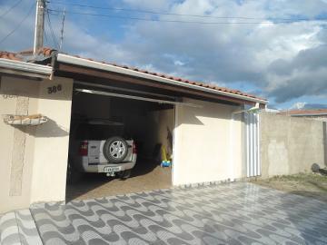 Alugar Casa / Padrão em Pindamonhangaba. apenas R$ 190.000,00