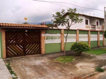 Alugar Casa / Padrão em Caraguatatuba. apenas R$ 550.000,00