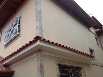 Alugar Casa / Padrão em Pindamonhangaba. apenas R$ 374.000,00