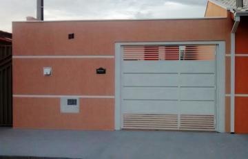 Alugar Casa / Padrão em Pindamonhangaba. apenas R$ 215.000,00