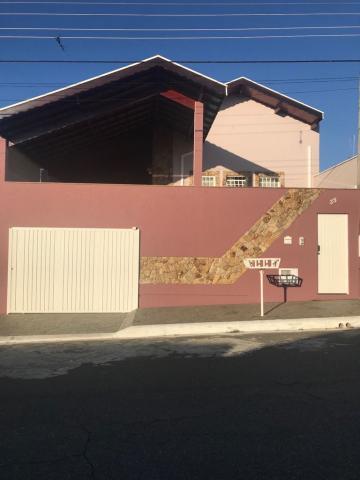 Alugar Casa / Padrão em Pindamonhangaba. apenas R$ 385.000,00