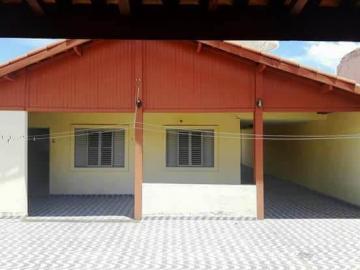 Alugar Casa / Padrão em Pindamonhangaba. apenas R$ 240.000,00