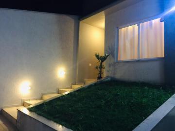 Alugar Casa / Padrão em São José dos Campos. apenas R$ 580.000,00