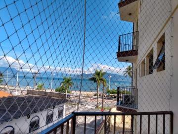 Alugar Apartamento / Padrão em Caraguatatuba. apenas R$ 400.000,00