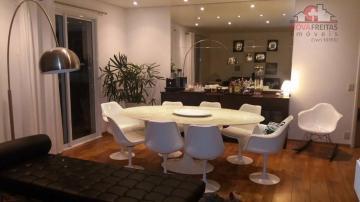 Apartamento / Padrão em São José dos Campos , Comprar por R$1.000.000,00