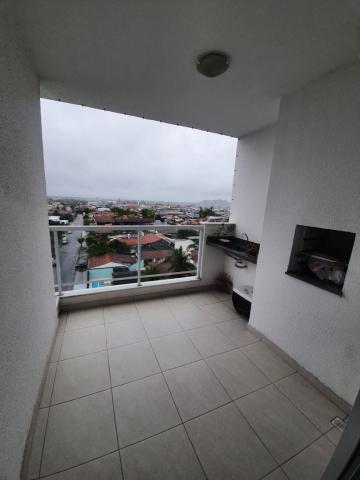 Alugar Apartamento / Padrão em Caraguatatuba. apenas R$ 430.000,00
