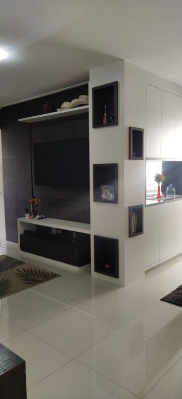 Alugar Apartamento / Padrão em São José dos Campos. apenas R$ 470.000,00