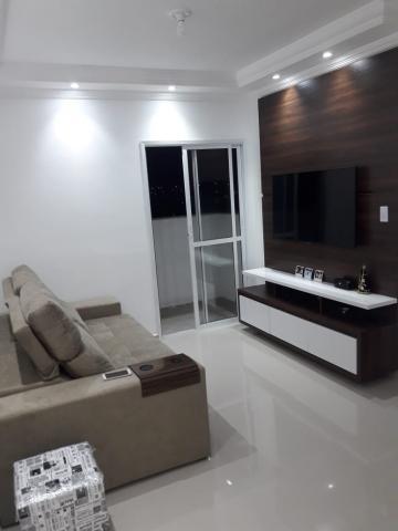 Alugar Apartamento / Padrão em Jacareí. apenas R$ 225.000,00