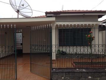 Alugar Casa / Padrão em Pindamonhangaba. apenas R$ 600.000,00