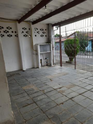 Alugar Casa / Padrão em São José dos Campos. apenas R$ 340.000,00