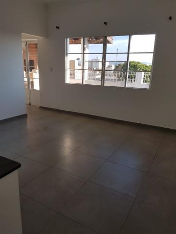 Pindamonhangaba Centro Apartamento Locacao R$ 1.500,00 Condominio R$200,00 3 Dormitorios 1 Vaga