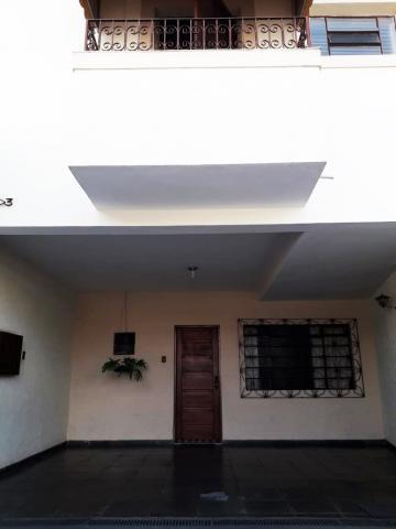 Alugar Casa / Sobrado em Pindamonhangaba. apenas R$ 400.000,00