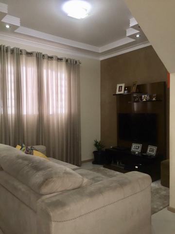 Alugar Casa / Sobrado em Condomínio em São José dos Campos. apenas R$ 360.000,00