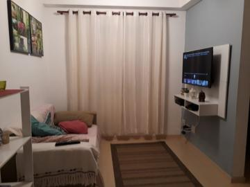 Alugar Apartamento / Padrão em Pindamonhangaba. apenas R$ 160.000,00