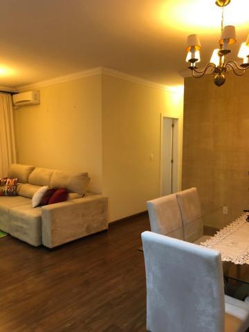 Comprar Apartamento / Padrão em Pindamonhangaba R$ 400.000,00 - Foto 1