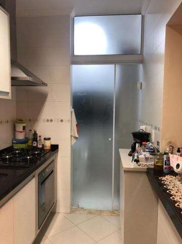 Comprar Apartamento / Padrão em Pindamonhangaba R$ 400.000,00 - Foto 9