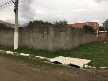 Alugar Terreno / Área em Caraguatatuba. apenas R$ 85.000,00