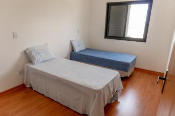 Comprar Casa / Sobrado em Condomínio em Pindamonhangaba R$ 1.500.000,00 - Foto 16