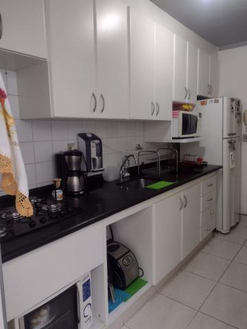 Comprar Apartamento / Padrão em São José dos Campos R$ 360.000,00 - Foto 6