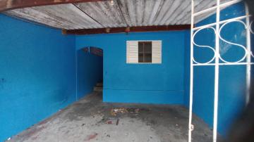 Alugar Casa / Padrão em São José dos Campos R$ 900,00 - Foto 1