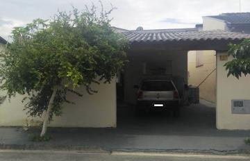 Casa / Padrão em Pindamonhangaba , Comprar por R$330.000,00