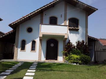 Alugar Casa / Sobrado em Caraguatatuba. apenas R$ 470.000,00