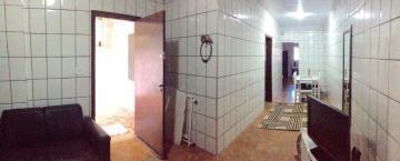 Casa / Padrão em Caraguatatuba