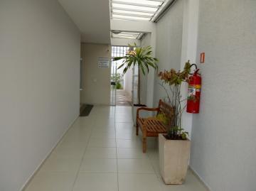Comercial / Sala Comercial em Caraguatatuba Alugar por R$2.500,00