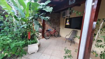 Alugar Casa / Padrão em Caraguatatuba. apenas R$ 600.000,00
