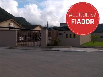 Caraguatatuba Jardim Casa Branca Casa Locacao R$ 1.300,00 Condominio R$130,00 2 Dormitorios 1 Vaga Area do terreno 75.00m2 Area construida 65.00m2