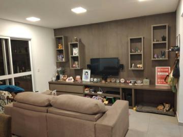 Apartamento / Padrão em São José dos Campos , Comprar por R$652.000,00