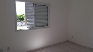 Alugar Apartamento / Padrão em Pindamonhangaba R$ 750,00 - Foto 6