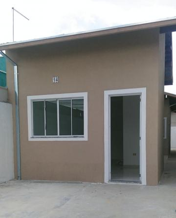 Alugar Casa / Padrão em Pindamonhangaba. apenas R$ 180.000,00
