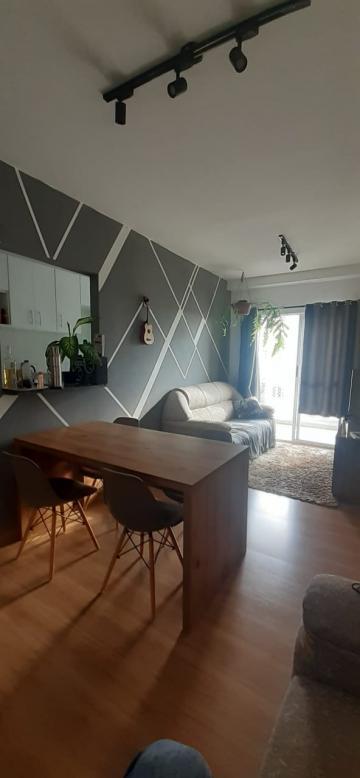 Apartamento / Padrão em Taubaté